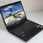 Fujitsu Lifebook P771, el ultraportátil de corte más clásico