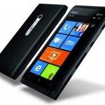 Nokia pone el Lumia 900 a mitad de precio en EE UU