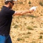 Un estudiante fabrica una pistola con una impresora 3D