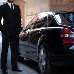 Uber anuncia que se baja del carro temporalmente en España