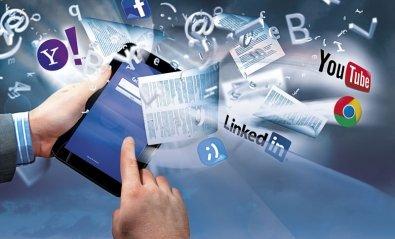Cuidado con la letra pequeña de las redes sociales