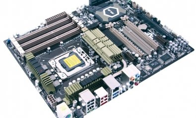 Placa base Asus Sabertooth X58, ideal para exigentes