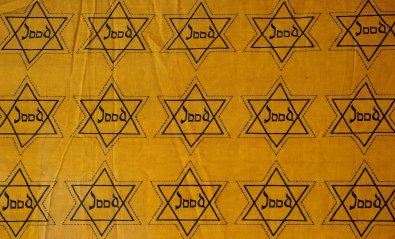 (((Echoes))) es la estrella antisemita de los neonazis en Twitter