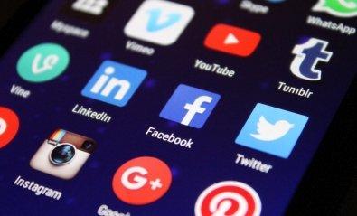 Cómo ver fotos privadas e imágenes ocultas en Facebook