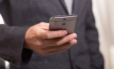 Cómo detectar si alguien te espía el móvil