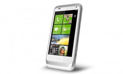 HTC presenta TITAN y Radar, smartphones con WP 7 Mango