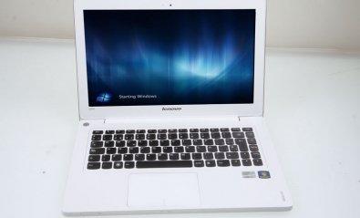 Lenovo IdeaPad U310 con almacenamiento híbrido