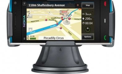 Nokia lanza cuatro packs de navegación GPS para coche