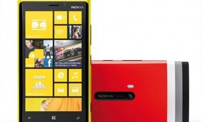 Windows Phone 8 aterriza amparado por Nokia y HTC