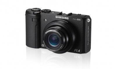 Samsung presenta su cámara compacta con WiFi EX2F