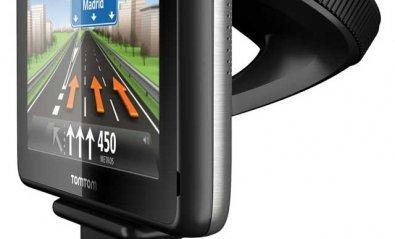 Navegador GPS TomTom GO LIVE 1000 con conexión permanente