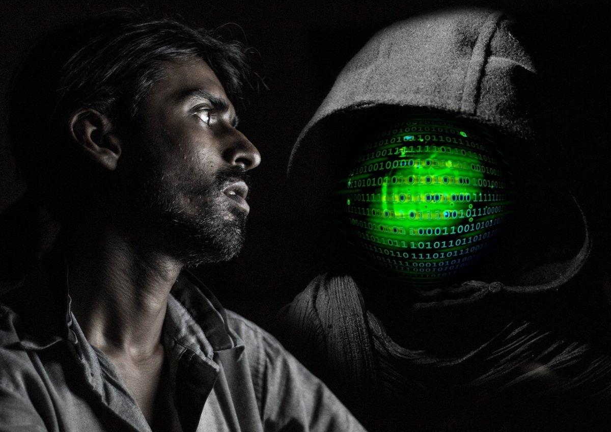 Tú puedes ser un hacker, aunque no tengas una capucha en la sudadera
