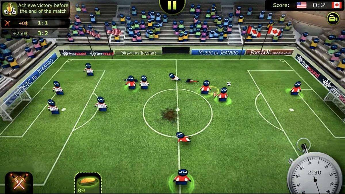 Un partido en FootLOL