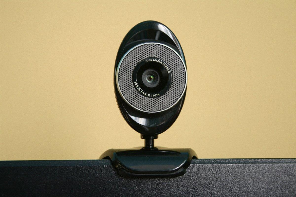 Cómo mostrar vídeo en lugar de una webcam