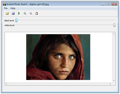 Retrato de una mujer afgana