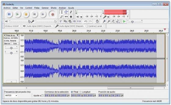 Interfaz de Audacity mientras se realiza una grabación