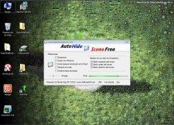 AutoHideDesktopIcons image 1 Thumbnail