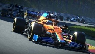 F1 2017 image 1 Thumbnail