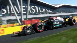 F1 2017 image 2 Thumbnail