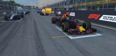 F1 Mobile Racing immagine 10 Thumbnail