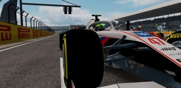 F1 Mobile Racing immagine 2 Thumbnail