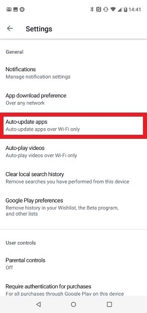 Busca la opción Auto-update apps